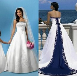 Wholesale strapless bandage wedding dress modern for sale – plus size Elegant White and Blue Wedding Dresses A Line Royal Bandage Women Embroidery Satin Vintage Beach Bridal Gown Court Train Wedding Gowns