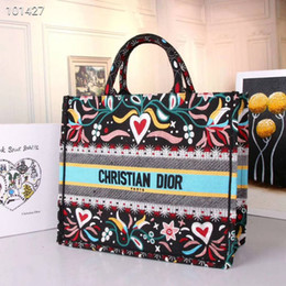 31bfaa030a8a Ladies sLing bag chain online shopping - women reusable handbags Bag New  Pattern Portable Small Square