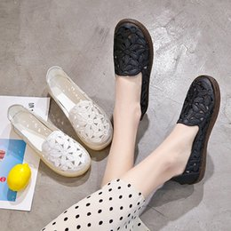 fishermen flats Australia - Women's Flat Shoes 2019 Summer Fashion Embroidery Soft Bottom Female Fisherman Shoes Leather Slip On Loafers Woman Summer Shoe