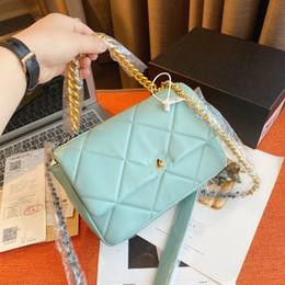 Vente en gros Paquet d'origine Sac de designer en cuir véritable Sac de luxe N ° 19 Gold Tone Flap sac Candy Couleur Designer Sacs 26cm Tradeage de haute qualité