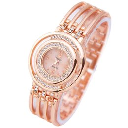 Steel Table Clock UK - Fashion Strap Bracelet Watch Round Dial Bracelet Table Women 's Watches Luxury Crystal Rose Gold Watches Women Clock