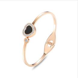 $enCountryForm.capitalKeyWord UK - 2019 Wholesale Lady fashion OL heart-shaped girls love bracelet titanium hand jewelry gift for girls holiday fashion accessories