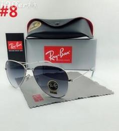 54c160045 Nuevo piloto clásico Ray-Ban gafas de sol de moda Hombres mujeres gafas de  sol vassl uv400 marco de metal dorado mate espejo verde lente de 58mm con  caja