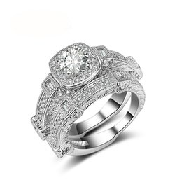 $enCountryForm.capitalKeyWord UK - Vintage Fashion Jewelry 925 Sterling Silver Round Cut White Clear 5A Cubic Zirconia Eternity Women Wedding Bridal Ring Set Gift