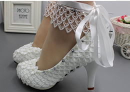 $enCountryForm.capitalKeyWord Australia - Hot Sale-2019 Women's shoes in Spring and Autumn with New style High heel fine heel round head Flower water drill @629
