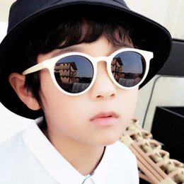 Wholesale Fashion cute sunglasses Boy and Girl Sunglasses Gafas De Sol eye Protection cute baby Goggles Beach