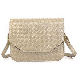 $enCountryForm.capitalKeyWord NZ - Geometric Print Simple Crossbody Women Bags Weave Cover Magnet Button Solid Horizontal Mini Shoulder Messenger Bag