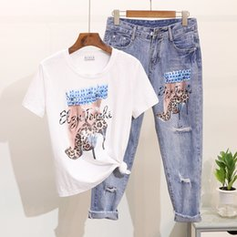 $enCountryForm.capitalKeyWord NZ - 2019 New Spring and Summer Women Bead Sequined High Heels Printed Short Sleeve T-shirt + Hole Nine Points Jeans Pants Twinset