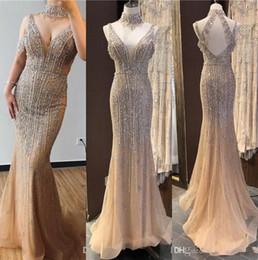 Prom dresses blue diamonds online shopping - Luxury Dubai Champagne V Neck Pearls Diamond Major Beading Prom Dresses Latest Design Sleeveless Pageant Party Evening Gowns Abendkleid