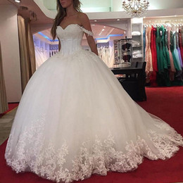 $enCountryForm.capitalKeyWord Australia - 2019 Boned Top Lace Appliques Tulle Wedding Dresses Puffy Big Skirt Stunning Ball Gown Bridal Wear High Quality