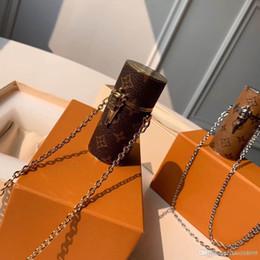 $enCountryForm.capitalKeyWord Australia - 2019 new top quality fashion cosmetic case monogrram canvas chain bags ladies women messenger bag fashion crossbody bag lipstick case MP2406