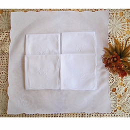 White Cotton Napkins Australia - White Handmade Handkerchief 100% Cotton Floral Border Vintage Thick Ladies Embroidered Flower Napkin Wedding Gift