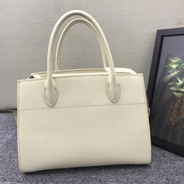 faux leather handles wholesale Australia - Ms. handbag 2019 new organ bag trendy fashion designer design handmade hand-made body with cross-grain pure leather, handle organ position u