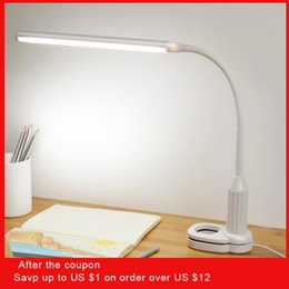 Chinese  5w 24 Leds Eye Protect Clamp Clip Light Table Stepless Dimmable Bendable Usb Powered Touch Sensor Control Reading Desk Lamp C19041803 manufacturers