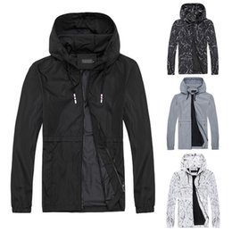 Wholesale mens sport style jackets for sale – winter Mens Jackets Basic Style Causal Sports Gym Hooded Outwear Jacket Windbreaker Autumn Coat Tops Plus Size Asian Size M XL