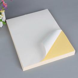 Заводская цена Доставка этикетки A4 Самоклеящаяся наклейка бумага глянцевая матовая белая пустая наклейка бумага для печати этикеток бумага 100 листов / сумка