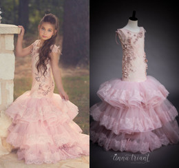 LittLe mermaid baLLs online shopping - 2020 Mermaid Flower Girl Dresses For Wedding Lace Appliqued Tiered Skirts Little Girls Pageant Dress Beaded First Holy Communion Gowns