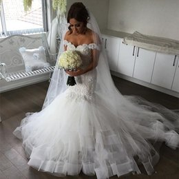 Bead sweetheart mermaid wedding dress tulle online shopping - Latest Sweetheart Mermaid Wedding Dresses Sleeveless With Appliques Lace Tulle Long Chapel Train African Wedding Dresses Bridal Gowns