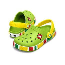 $enCountryForm.capitalKeyWord Australia - Kids sandals new summer Beach sandals croc Luminous super Star Warss Children's Hole Non-slip flip flop Boys and girls shoes