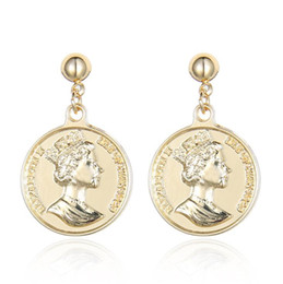 $enCountryForm.capitalKeyWord NZ - European and American retro coin Earrings sell instantly explosive double-sided Queen's head alloy earrings