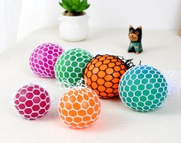 $enCountryForm.capitalKeyWord Australia - 200pcs 5cm Novelty toys Vent Squeeze Squish Ball For Decompression Face Reliever Grape Rope Mesh Toys Funny Geek Gadgets mix Colors