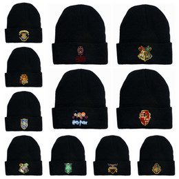 Wholesale street cosplay online – funny Harry Potter Beanie Hat Gryffindor Slytherin Hufflepuff Cap Knit Hat Cosplay School letter Kintted wool Winter skull Cap LJJA3295