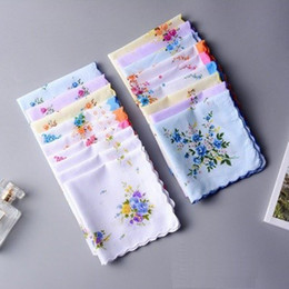 printed floral cotton handkerchiefs NZ - Classic Hanky Soft Floral Handkerchiefs Cotton Printing Hand Towel Crescent Edge Women Pockets Square Handkerchief Wedding Gifts 30*30cm