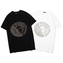 $enCountryForm.capitalKeyWord UK - 2019 New Arrival Designer Mens T Shirt Short Sleeve for Summer with Portrait of Medusa Mens Brand Top Tees Two Colors Size S-XXL Wholesale