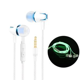 $enCountryForm.capitalKeyWord NZ - 3.5mm Wired Luminous Earphones In-ear Stereo Volume Control Glowing Headset Earbuds With Mic For Samsung Huawei Xiaomi Phone Lowest price