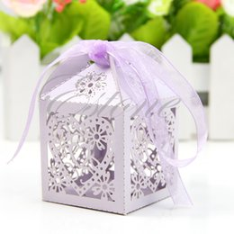 $enCountryForm.capitalKeyWord Australia - 50 100 PCS Love Heart Laser Cut Candy Gift Boxes With Ribbon Wedding Party Favor