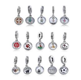 331bca54765c La figura de la familia de plata de ley 925 figura en el palo incluye el  collar de brazaletes estilo pandora europeo de mamá