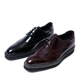 men wine dressing wedding NZ - Fashion Black   Wine Red Wedding Shoes Patent Leather Dress Shoes Mens Outfoor shoes