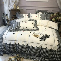 embroidered duvet cover sets queen Australia - Egyptian cotton White Black Princess Bedding Set Queen King size Bed set bed sheet Duvet cover set pillowcase