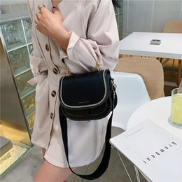 $enCountryForm.capitalKeyWord Australia - 2019 Summer Fashion Women's Shoulder Messenger Bags New Chain Female Handbag Patchwork Soft Pu Leather Crossbody For Women Sac