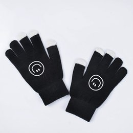 Wind Gloves Australia - Bigbang GD G- Harajuku Wind Gloves Men and Women Winter Korean Warm Gloves kpop Touch Screen Knitted
