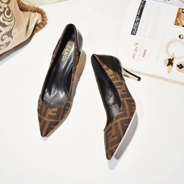 $enCountryForm.capitalKeyWord Canada - 2019 Women Luxury Designer Dress Shoes High Heels Mesh And Black Brown Leather Party Pumps Lady Fashion Pointed Toes Court Wedding Shoes