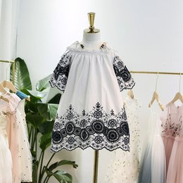 Child Girl Tutu Sweet Floral Australia - sweet kids beading suspender dress new summer girls lace flowers embroidery princess dress children ruffle Strapless dress