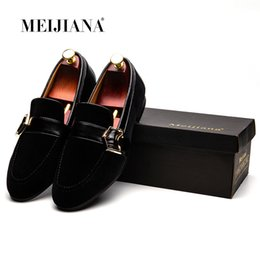 Massage Hot Man Australia - Male England Casual Drive Fashion Hot Selling Men Shoes Leather Leather Casual Shoes Men Dress