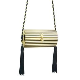 Saco de embreagens mensageiro de ouro para a mulher sexy borlas senhoras de ouro preto YH121 dia de jantar embreagens mini sacos de jantar # 33696 em Promoção