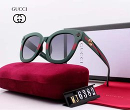 luxury picture frames Australia - Fashion Brand Little Bee sunglasses luxury women's wear brand designer square summer full picture frame high quality with box or without