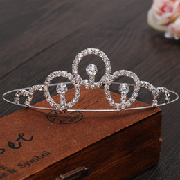 classic wedding hair styles NZ - Hot sale Classic Bride Headpieces diamond Cute Girls Tiaras Crowns Crystal for Wedding and Gift New Style hair jewelry