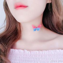 Nouveau 2018 pendentifs papillon pour fil de poisson transparent collier mode bijoux femmes chaîne de Clavicule battant ailes papillon collier