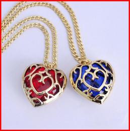 $enCountryForm.capitalKeyWord Australia - 4 models The Legend of Zelda blue red Heart Container necklace keychain gemstone hollow heart love pendants bag hang key rings
