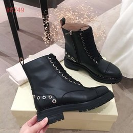 $enCountryForm.capitalKeyWord Australia - Latest Women designer boots Martin Desert Boot Love arrow medal 100% real leather coarse size 35-40 Winter shoes
