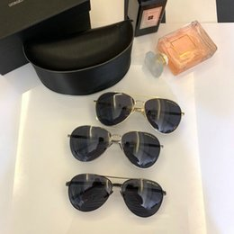 Cheap Plastic Sun Glasses NZ - Hot selling Womens and Mens Most Cheap Modern Beach Sunglass Plastic Classic Style Sunglasses Many colors to choose Sun Glasses