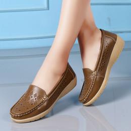 $enCountryForm.capitalKeyWord NZ - Designer Dress Shoes Pumps Women Casual Wedges Soft Bottom Outdoor Comfortable Slip On Peas Boat Zapatos De Mujer