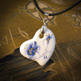 $enCountryForm.capitalKeyWord Australia - Chinese Blue And White Porcelain Handmade Necklaces for Women Ceramic Heart Leaf Ethnic Handcraft Necklace Dropshipping SP256