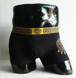 300bd1f540 Nuevo patrón pat 19ss Lujo V Diseñador Sexy Ropa Interior Para Hombre  Boxers blancos Para Hombre Ropa Interior Cueca Boxer Ropa Interior Hombre  Vintage