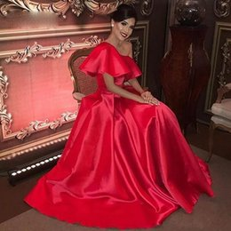 cheap red one shoulder dress Canada - 2020 Charming Cheap One Shoulder Long Red Evening Dresses Simple Elegant Prom Formal Gowns A-line vestido