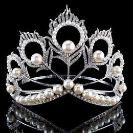 $enCountryForm.capitalKeyWord Australia - New Arrival Big Size 2017 Miss Universe Same Crown Full Round Adjustable Silver Pearl Peakcock Feather Tiara Pageant J190701